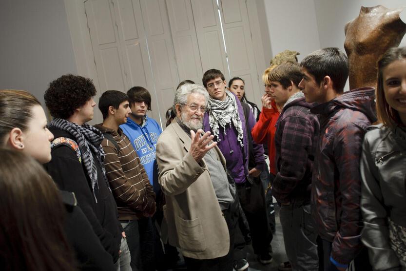 Exposicin de esculturas de nicomedes daz en el colegio de - Colegio de arquitectos cadiz ...