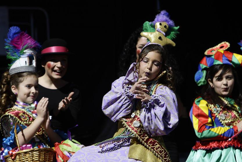 Proclamación de la Diosa Infantil en San Antonio. Carnaval de Cádiz 2013