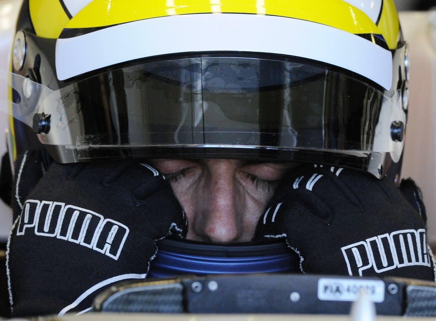 Hamilton logra la pole en Australia