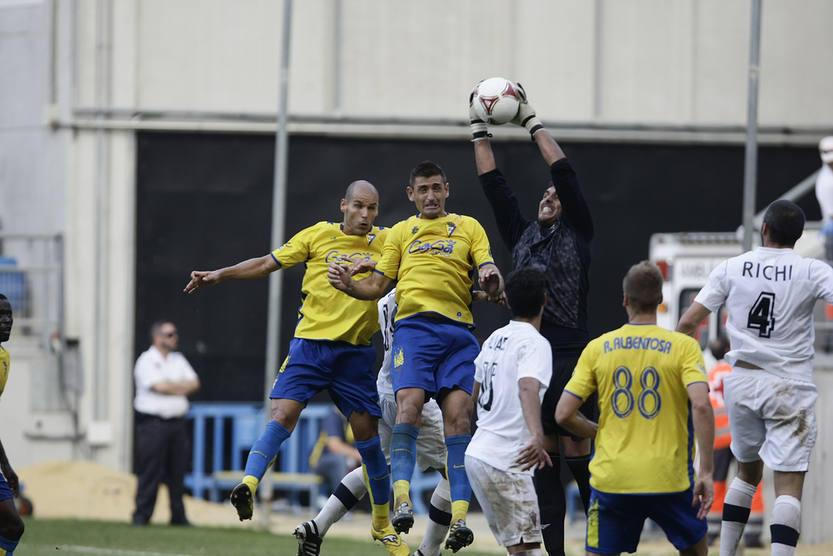 Cádiz 2-2 San Roque