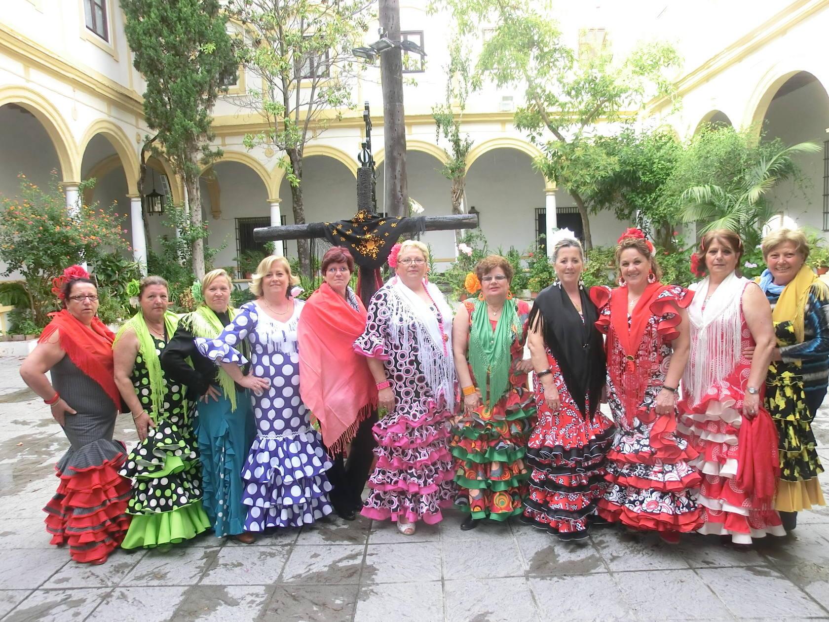 Mentidero: Cruz de Mayo de las amas de casa