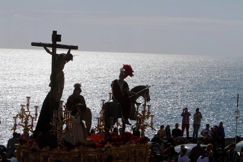 Luz y Agua en la Semana Santa de Cádiz 2012