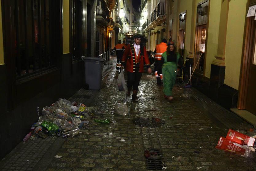 Recogida de basura y limpieza tras el sábado de Carnaval 2013