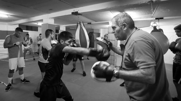 El boxeo y kickboxing de Córdoba, en blanco y negro