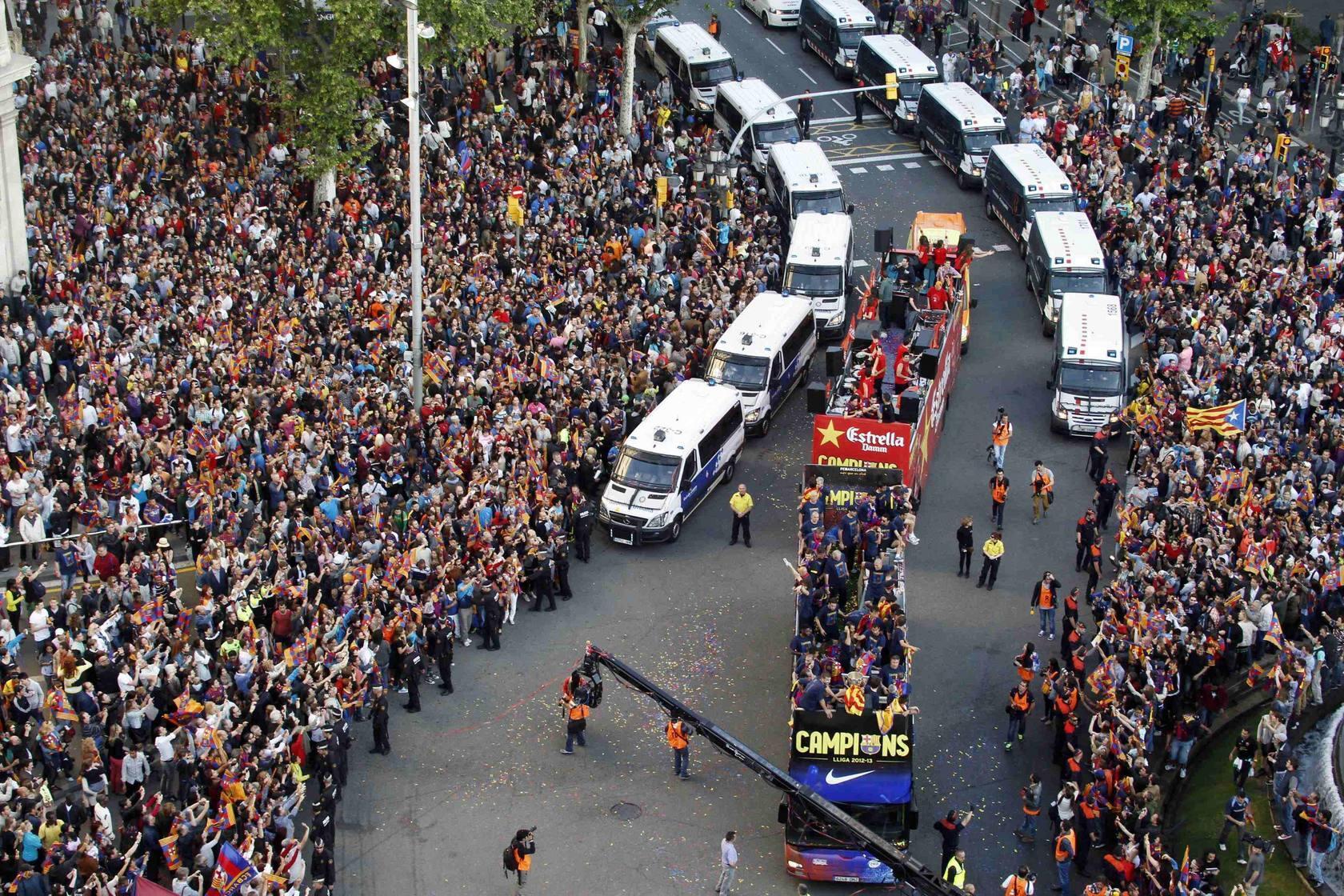 Celebración del título de Liga 2012-2013 en las calles de Barcelona