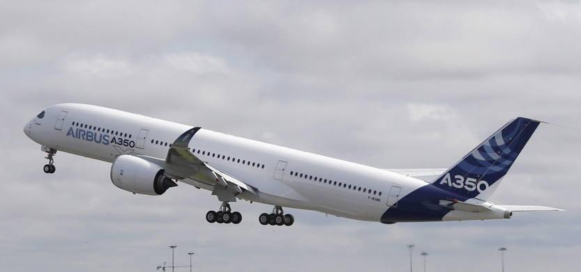 El primer A350 despega para su vuelo inaugural