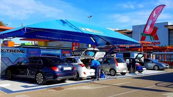 Limpieza de coche y asientos en C.C. Luz Shopping