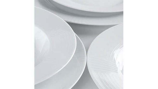 Conjunto de Vajilla porcelana Iris blanca de 18 piezas